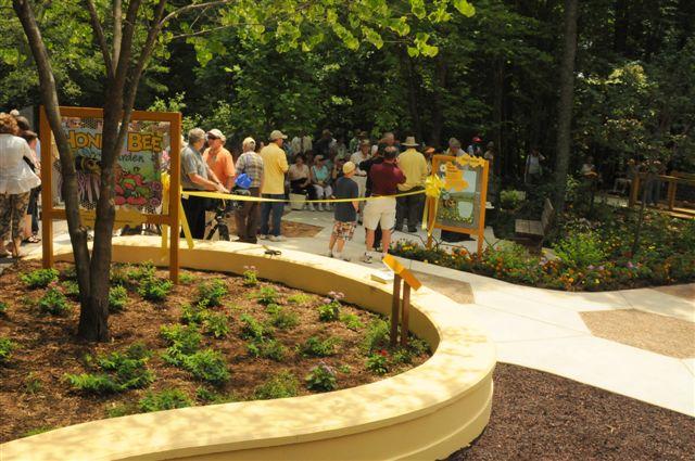 zoo-exhibit-056